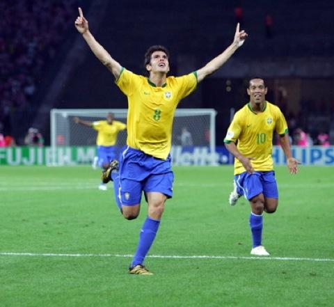 Gud scorer mest på hjemmebane. Her ved Lucá.